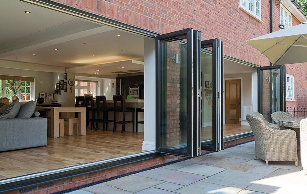 aluminium bi-fold doors hemel hempstead
